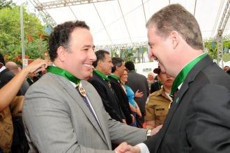 Os peemedebistas João Alberto (Deputado Estadual) e Adalclever Lopes (Deputado Estadual e presidente da ALMG) estiveram juntos no evento