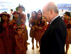 Solenidade de lançamento na Cidade Administrativa contou com a presença de índios pataxós e do secretário de Estado Angelo Oswaldo (PMDB)