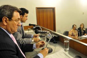 De 2012 a 2015, o número de denúncias de violência contra idosos aumentou 274% em Minas Gerais
