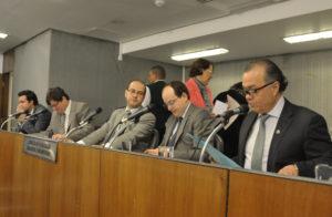 Cristiano Silveira (deputado estadual PT/MG),  André Quintão (deputado estadual PT/MG),  Tiago Ulisses (deputado estadual PV/MG),  Thiago Cota (deputado estadual PMDB/MG),  Vanderlei Miranda (deputado estadual PMDB/MG)