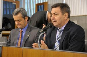 Antônio Carlos Arantes (deputado estadual PSDB/MG), Isauro Calais (deputado estadual PMDB/MG)