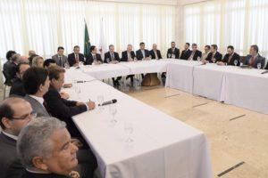 05-04 Presidente da ALMG anuncia criação de Comissão para cobrar acerto de contas entre Minas e a União...