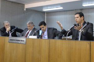10-08 Comissão debate segurança pública em Betim