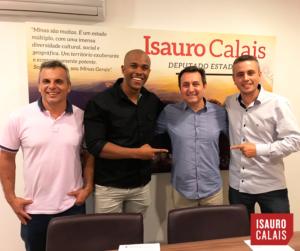 17-08 Parlamentar se reúne com lideranças de Cataguases