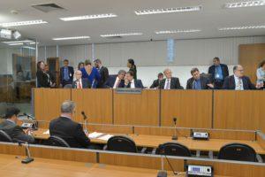 23-11 PL que permite criação de aditivos é aprovado pela CCJ