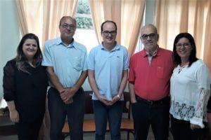 Deputado Thiago Cota em visita ao Hospital São Sevestião