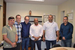 Prefeito Júlio Pimenta, Deputado Thiago Cota e vereadores Mercinho, Juliano Ferreira, Vander Leitoa e Luciano Barbosa