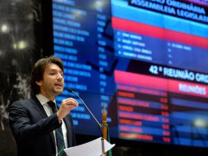 05-06 Projeto de Lei visa combate à sonegação fiscal em Minas